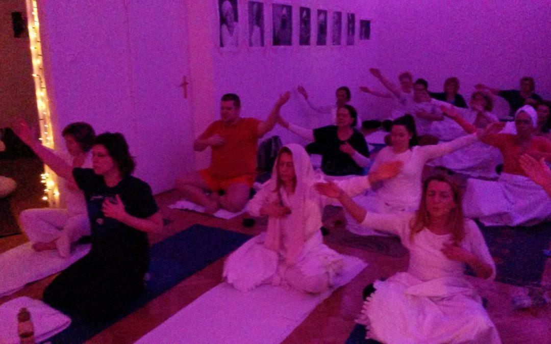 Kundalini jóga a vezettetésért- otthoni videógyakorlás